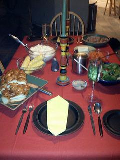 Dinnertable2